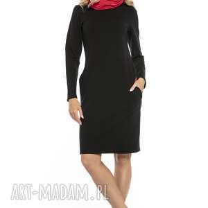 Sportowa sukienka z kominem i kieszeniami, t248, czarny czerwony