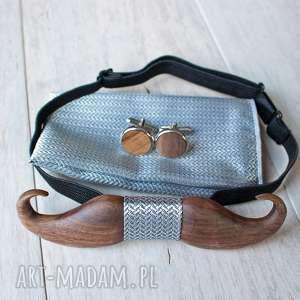 zestaw drewniana muszka poszetka spinki mustache srebro, muszka, prezent, ślub