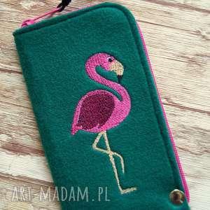 Prezent Filcowe etui na telefon - flaming, smartfon, pokrowiec, flamingi, koraliki