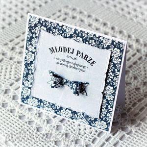 kartka ślubna w granacie i bieli - kartka, kokarda, gratulacje, młodej, parze