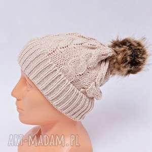 czapka z pomponem beżowa, czapka, pomponem, pompon, zimowa, zima