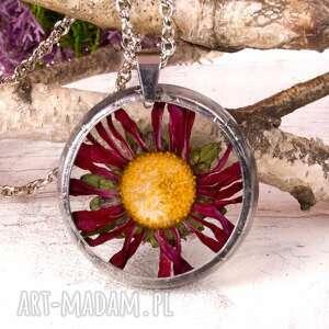 naszyjnik z suszonymi kwiatami, herbarium jewelry, kwiaty w żywicy z1101