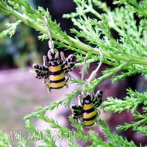 kolczyki pszczółki - ,kolczyki,krótkie,pszczoła,pszczółka,srebrne,srebro,