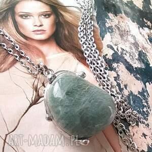 wisiorki naszyjnik wisiorek z łańcuszkiem akwamaryn bryłka