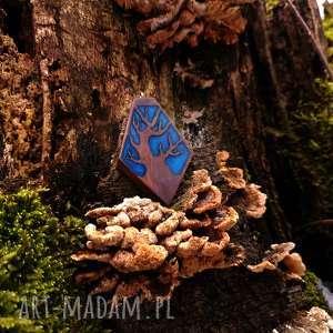 hand-made naszyjniki wisior drewno i żywica old tree