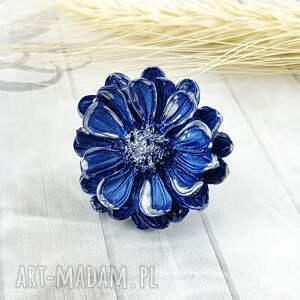 1216/mela pierścionek z żywicy kwiat niebieski, pierścionek, żywica