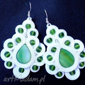 Ślubne Kolczyki Sutasz biało - zielone z masą perłową, sutasz, masa, perłowa, filc