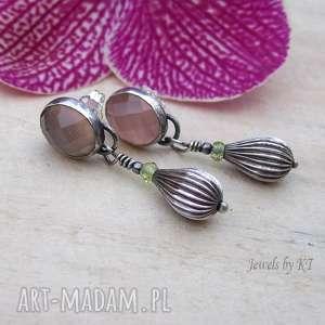 krople różowego chalcedonu, srebrna biżuteria, kolczyki srebrne, sztyfty srebrne