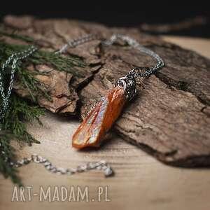 wisiorki wisiorek magiczny talizman kwarc tytanowy aura morelowa ze stali