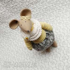Budyniowa Przyjaciółka, myszka, maskotka, roczek, chrzest, rękodzieło