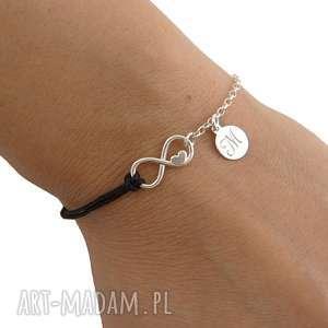 ręcznie wykonane bransoletki srebrna bransoletka infinity z literką