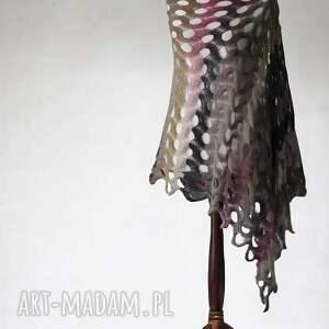 wielokolorowy aŻurowy szal - szal, ażurowy, handmade, summit, knitwearfactory