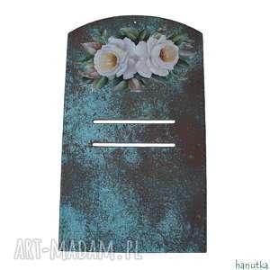 hanutka białe róże na miedzi - deseczka pod kalendarz, prezent, zawieszka