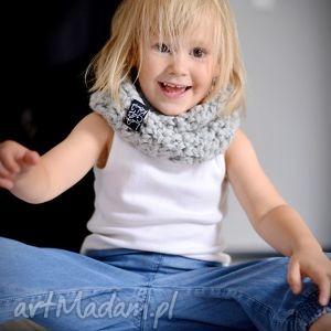 ubranka komin monolitek 04, komin, dziecko, wełna, włóczka, szydełko, zima, prezent