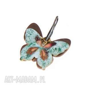 Prezent Wisiorek z kolorowym motylem c306, wsiorek-motyl, kolorowy-motyl