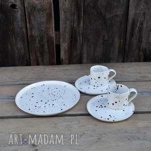 wyjątkowy zestaw dla dwojga biało-czarny nakrapiany, ceramika, talerze, plate
