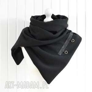 szal wełniany ze skórą, czarna chusta z karabińczykami - szal, szalik