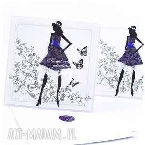 Fioletowa sukienka - kartka, sukienka, kobieta, koronka, motyle, osiemnastka,