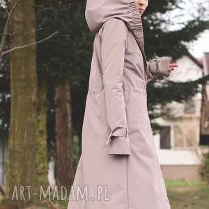 płaszcz przeciwdeszczowy beżowy, kaptur, lekki wiosenny jasny, długi