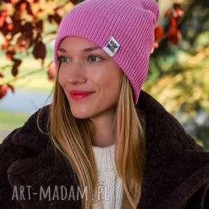 handmade czapki wywijana dwustronna logo kolorowe kwarcowy róż