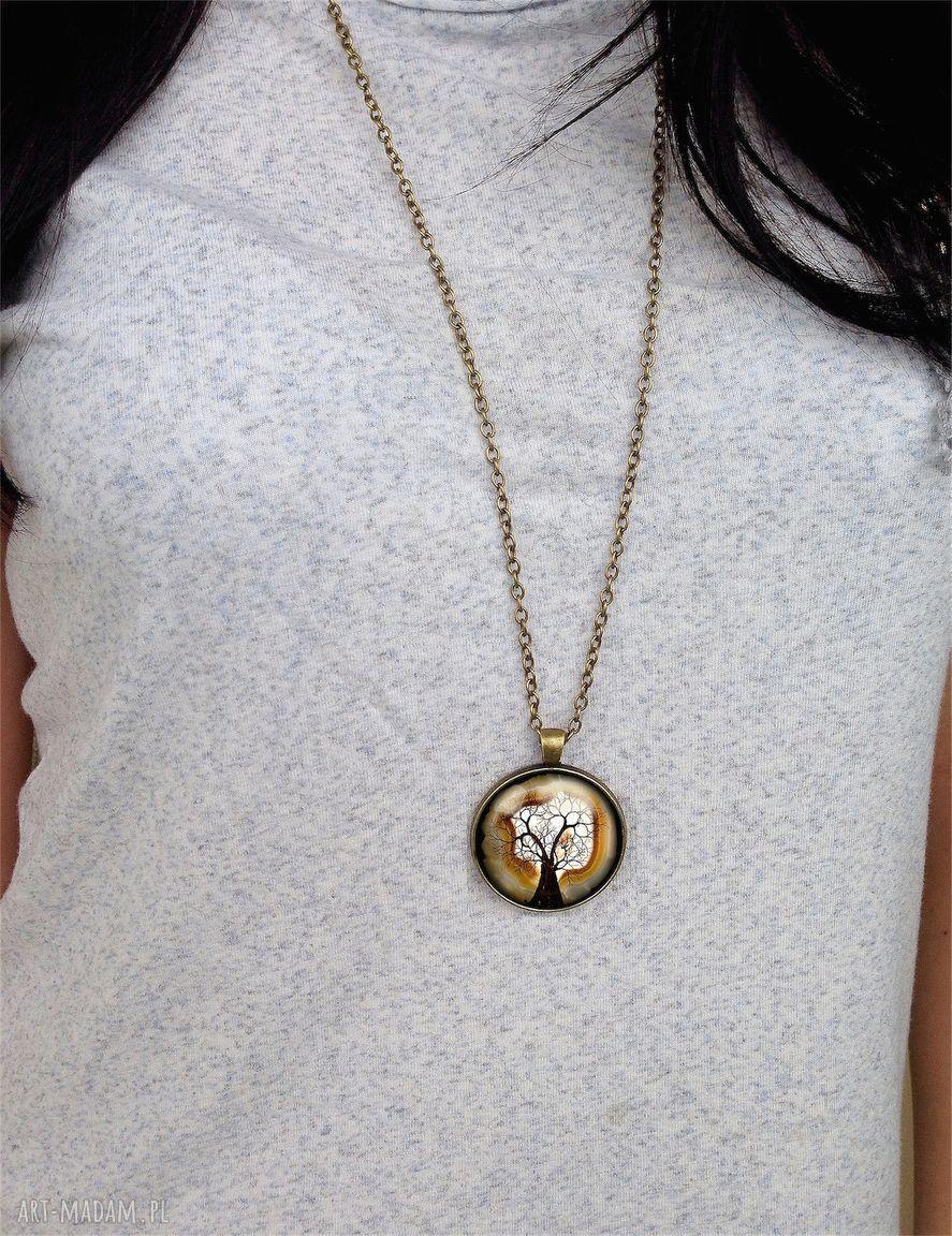 naszyjniki las - duży medalion z łańcuszkiem