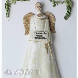 ręcznie zrobione ceramika aniołek komunijny w szatce wiszący