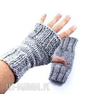hand-made rękawiczki szare mitenki unisex zrobione na drutach
