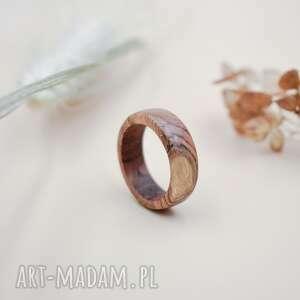 prosta obrączka z drewna tekowego, obrączka, drewniana