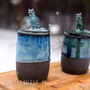 kamionkowy pojemnik na różności z figurką konia - niebieski 750 ml