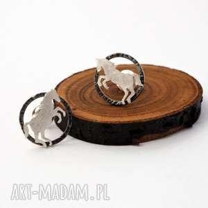 srebrne kolczyki konie, srebro, koń, sztyfty, jeździectwo, natura, zwierzęta, święta