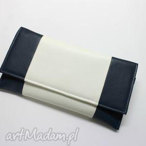 Prezent Kopertówka - granat i środek biały, elegancka, nowoczesna, prezent, wizytowa,