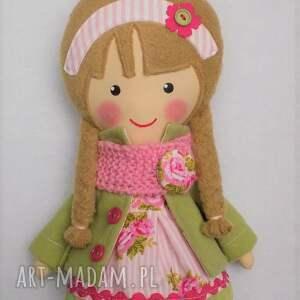 malowana lala halinka z wełnianym szalikiem, lalka, zabawka, przytulanka, prezent