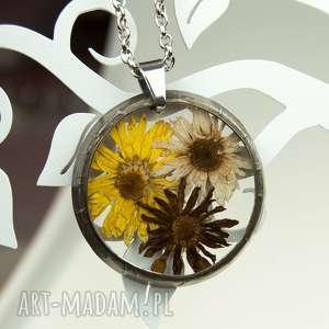 naszyjnik z suszonymi kwiatami , herbarium jewelry, kwiaty w żywicy z1319