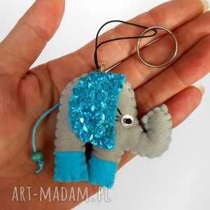 pomysł na upominki święta Cekinowy słonik - brelok z filcu, słoń, brelok, filc