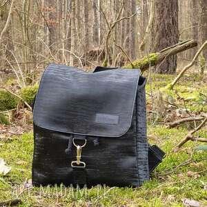 plecak z klapką czarny wzorek eco skóra, plecak, klapka, wodoodporny, pojemny