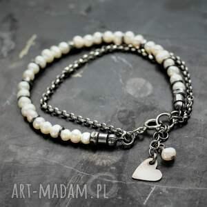 perełki i serce, delikatna bransoletka, biżuteria, bransoletki