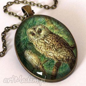 wiktoriańska sowa - owalny medalion z łańcuszkiem - wiktoriański