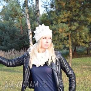 komplet jeżyk merynos, wełniany, czapka, szal, damski, fantazyjny, zimowy ubrania