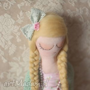 Bajka w Sweterku - Polly, bajka, lalka, wianek, kwiaty, koronki, ubranka