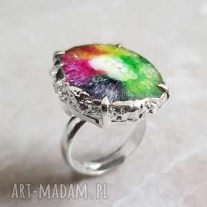 radość życia pierścionek z kwarcem solarnym posrebrzany