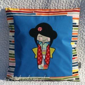 poduszka z laleczką kokeshi , kokeshi, lalka, prezent dom