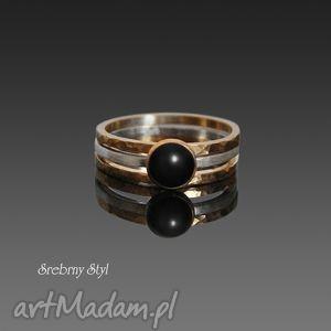srebrny-styl czerń w złocie - minimalistyczne, pozłacane