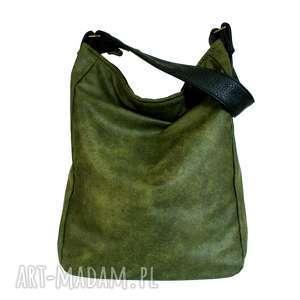 na ramię iks vegan zieleń czerń, torba, torebka, vegan, zamsz, lato, boho