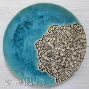 turkusowy talerz ceramiczny z koronką, ceramiczny, patera ceramiczna