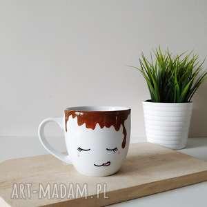 Kubek zalany kawą - 300 ml kubki muki design kubek, malowany