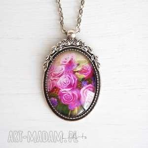 naszyjniki medalion, naszyjnik - różowe róże zdobiony, owalny