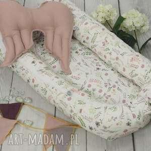 Kokon niemowlęcy akwarelowe kwiatki gniazdko pokoik dziecka