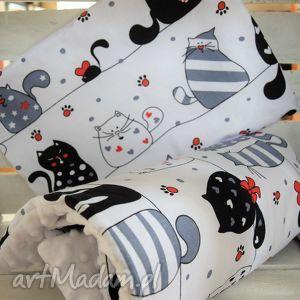 ręczne wykonanie dla dziecka kocyk minky do wózka z poduszką