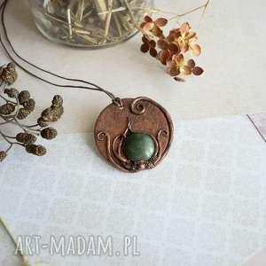 wisiorki wisiorek z zieloną ceramiką, wisiorek, wisior, medalion, boho, dla mamy