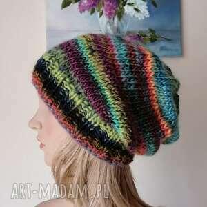 multikolor ciepła, milutka czapka, rękodzieło, bezszwowa czapka na druta